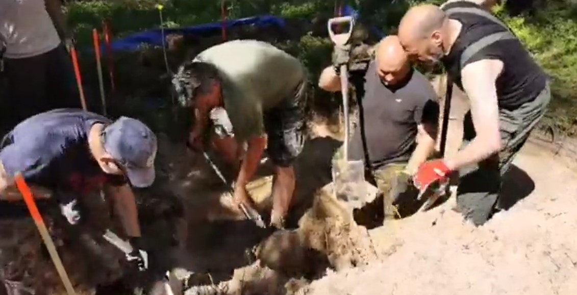 Screenshot_2020-06-27 Military Archaeology Legenda Latvia Jurmala excavation 26 6 2020